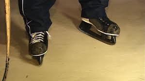 De Jong's Skates